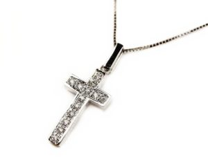 Lanțuri și coliere Lanţ din aur alb 18k cu pandantiv cruciuliţă cu diamante