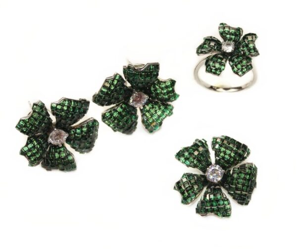 Set din argint elegant cu verde